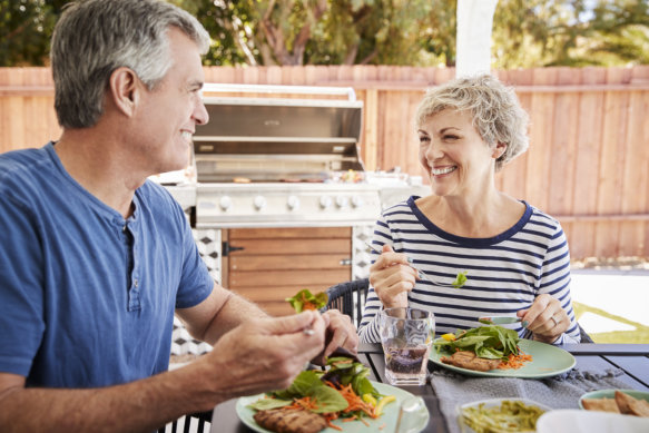 Living with Age-Related Macular Degeneratione